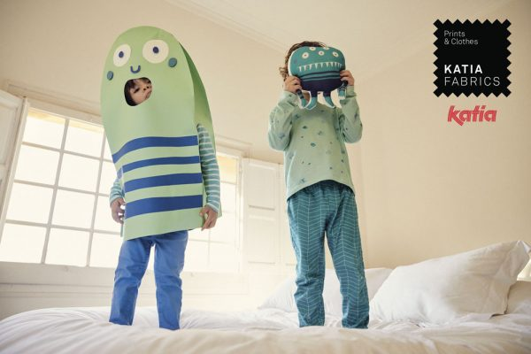 Kids pyjamas pattern halloween