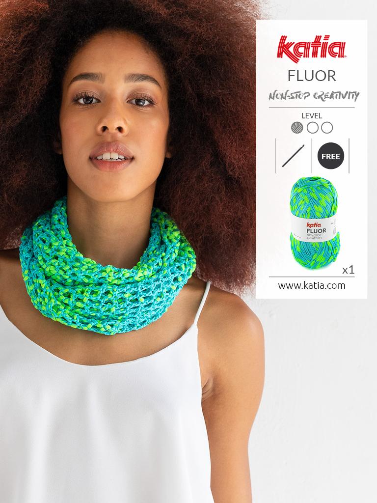 Crochet bandana scarf in Fluor