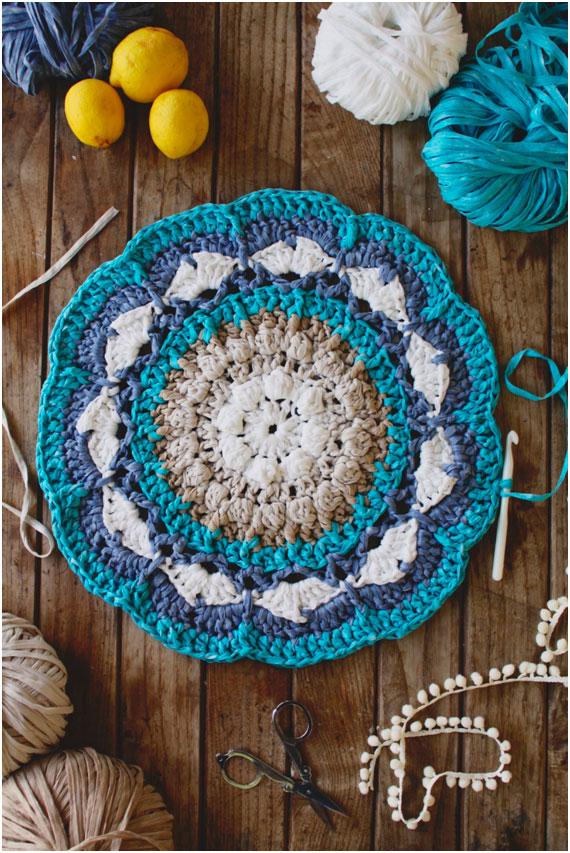Craft lovers alfombra mandala a ganchillo por susimiu for Alfombras de hilo