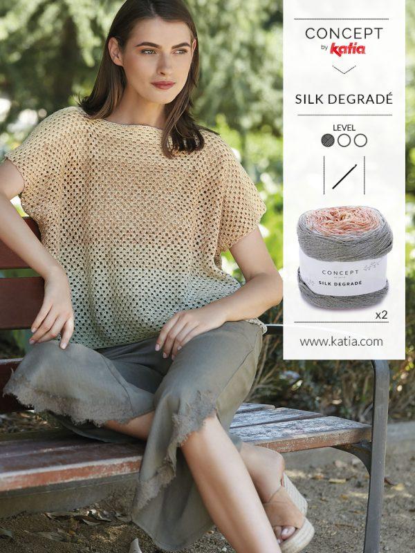 ampio top realizzato a crochet