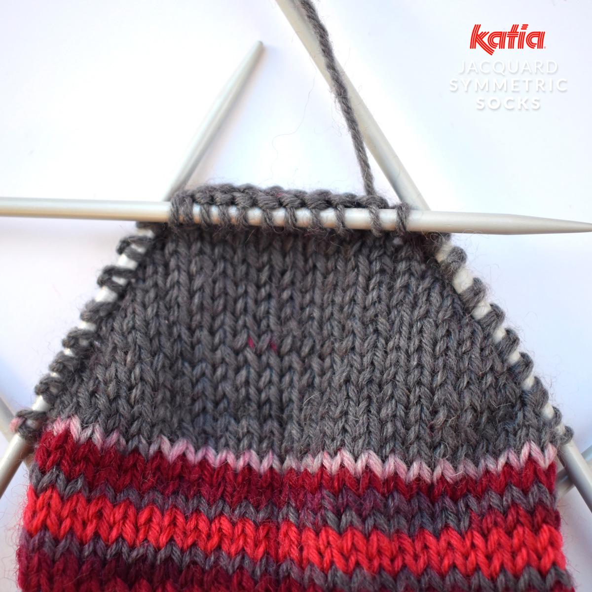 Perfect paar sokken breien - gratis patroon door Katia