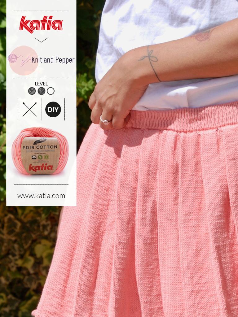 Kort gebreid rokje - gratis breipatroon door Knit and Pepper