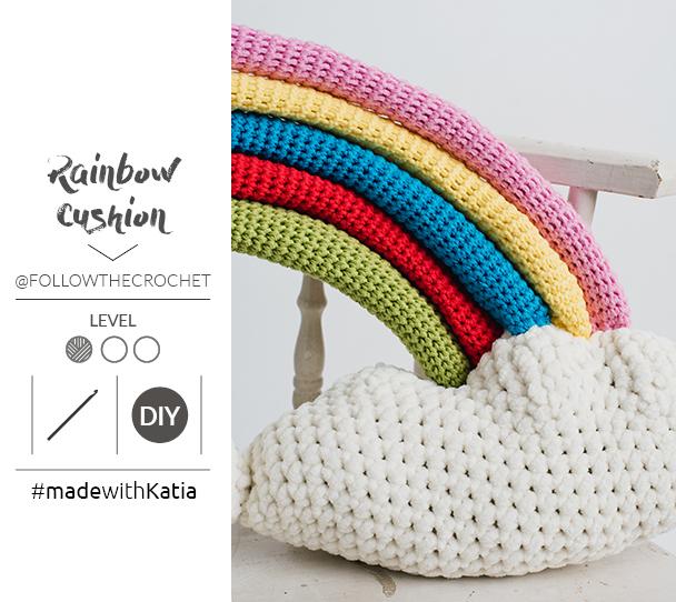 Gehaakte regenboogkussen door Follow The Crochet1