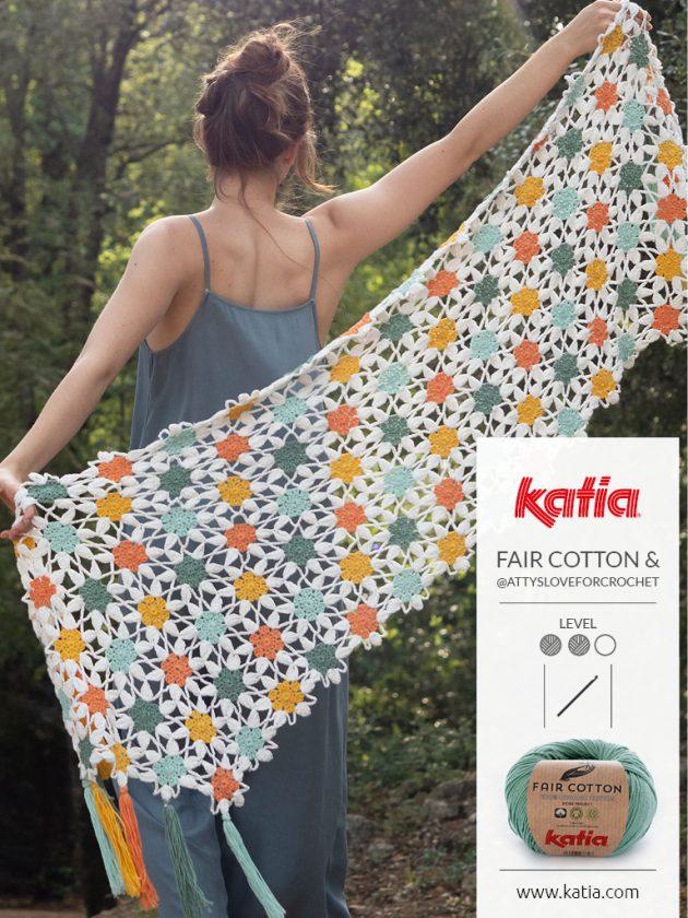 Fair Cotton Magazine - bloemensjaal door @attysloveforcrochet