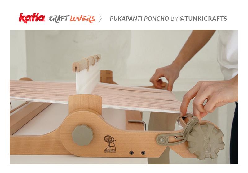 Leer een poncho weven op hevelrietweefgetouw met SeaCell Cotton en deze video van Tunki Crafts
