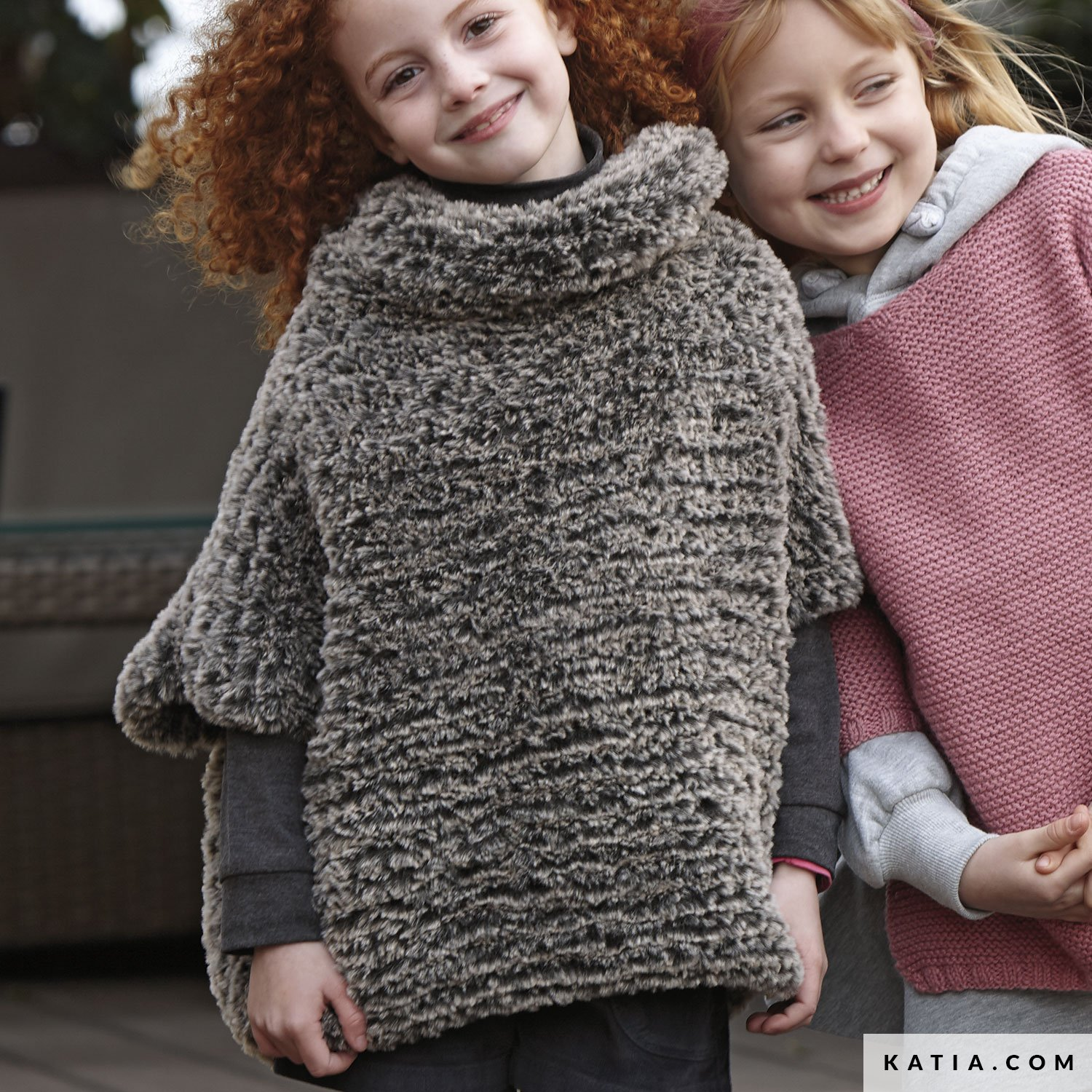 Poncho - Kinder - Herbst / Winter - Modelle & Anleitungen | Katia.com
