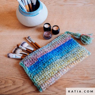 pattern knit crochet home cosmetic bag autumn winter katia 6103 5 p