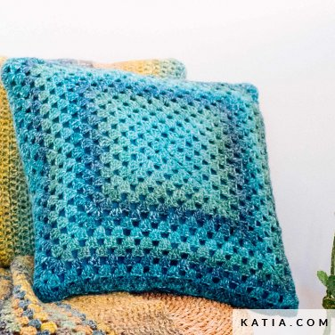 pattern knit crochet home cushion autumn winter katia 6103 8 p