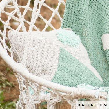 Sweet Crochet: Amazon.co.uk: Sandrine Deveze: 9781441318367: Books ...   376x376