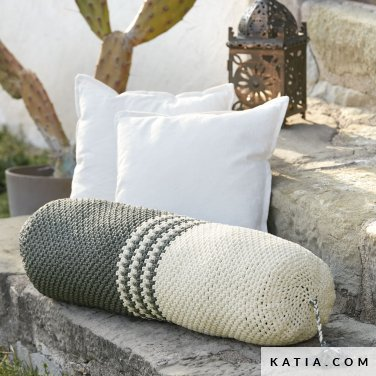 pattern knit crochet home cushion autumn winter katia 8030 424 p